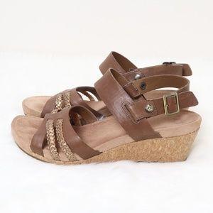 UGG Wedge Cork Sandals 8.5